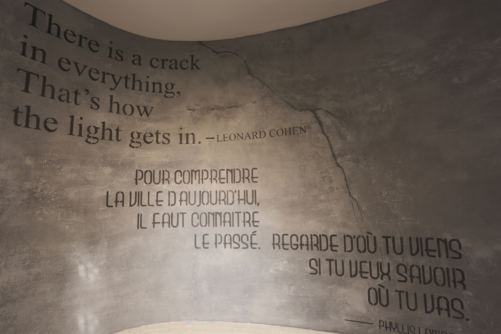 Mural Quotes at Hotel 10