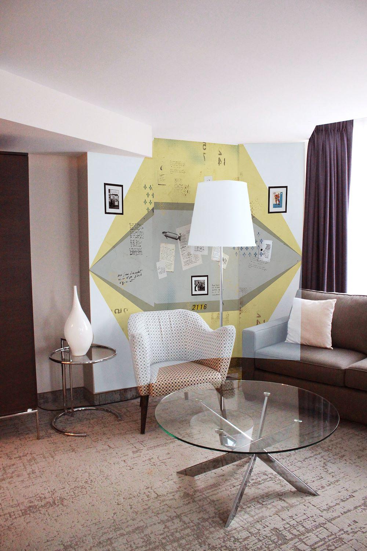 Dédé wall Suite 2116 HOTEL10