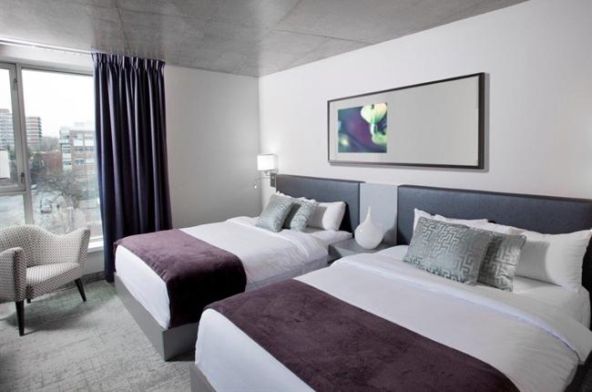 Deluxe 2 Queen Hotel Room in Montreal