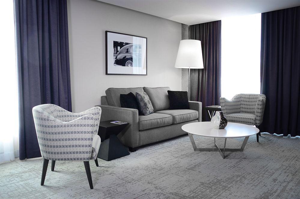 Suite Executive Salon HOTEL10