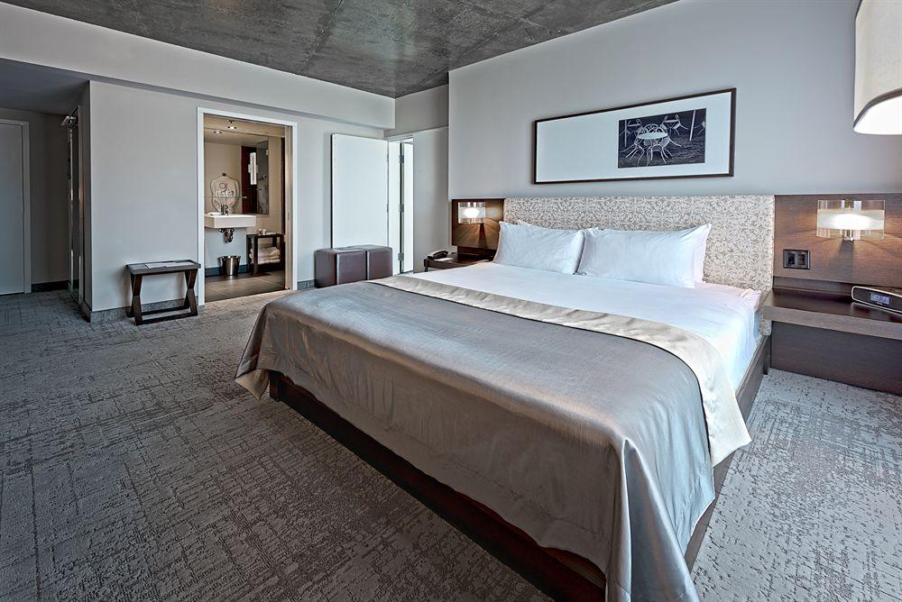 Suite Executive chambre avec lit king HOTEL10