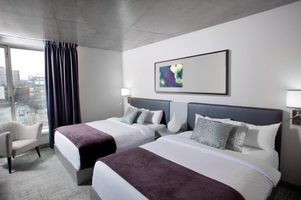 Deluxe 2 lits Queen HOTEL10