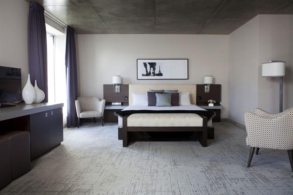 Suite Junior lit King HOTEL10