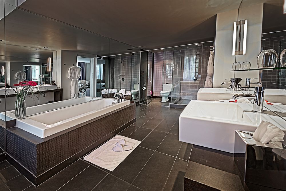 Salle de bain Suite Godin HOTEL10